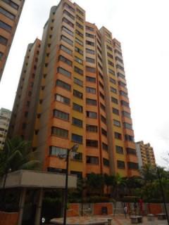 Apartamento en Venta La Granja Naguanagua  CodFlex  15-3035