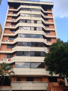 Conjunto Residencial ETNA, Valles de Camoruco, al lado del CC Mediterranean Plaza
