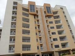 En venta Apartamento Urbanizacion Los Chaguaramos Edf. Los Frailes. MARACAY