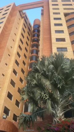 Espectacular apartamento 3 habitaciones 2 baños en Mañongo Naguanagua Valencia