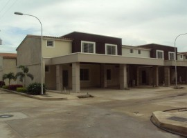Venta de townhouse en Turmero  Aragua