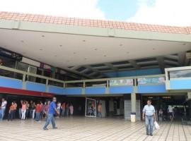 Venta de local comercial en CC Maracay