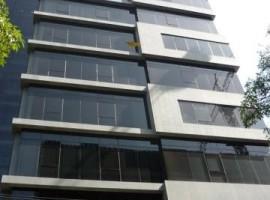 Se alquila exclusiva oficina ubicada en el Centro A-1 Urb. La Viña en Valencia