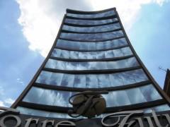 Local venta Torre Futuro Maracay Aragua 15-13116