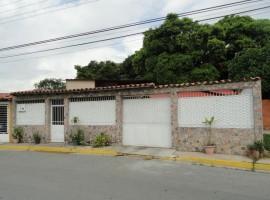 Venta de casa en Villa Paraiso Maracay