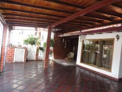 Venta casa en Don Genaro Maracay