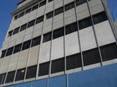 Local Comercial En Alquiler En Dr Portillo MLS: 135175
