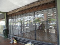 Local Comercial En Alquiler En Indio Mara MLS: 11170