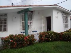 Venta casa amplia comoda segura Maracay