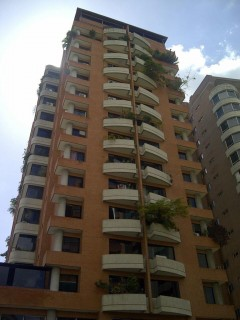 Grupo Panorama Inmobiliario vende apartamento amoblado en Urb. Base Aragua Maracay