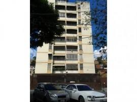 Excelente apartamento de 92Mts2 en la Yaguara Caracas