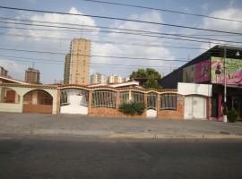 Venta de casa en Urbanizacion El Centro Maracay