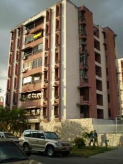 Venta apartamento familiar comodo amplio Base Aragua Maracay