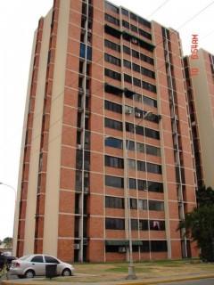 Venta apartamento comodo seguro Av Fuerza Aerea Maracay