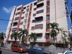 Venta apartamento comodo amplio Baraca Maracay