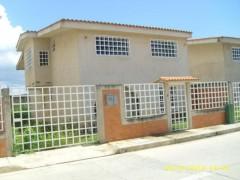 Venta Townhouse Av. Aragua Maracay
