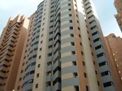Apartamento en Venta en La Trigaleña-Valencia MLS#14-12058 MB