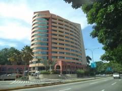 Local Comercial en Alquiler en Kerdell-Valencia MLS#15-16118 MB