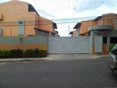 Townhouse en Venta en Mañongo-Naguanagua MLS#15-16183 MB