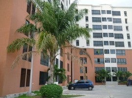 Venta de apartamento en Nuevo Bosque Alto Maracay