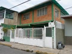 Venta de casa en San José Maracay