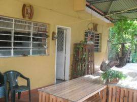 En venta acogedora, amplia casa en El Limón en Maracay