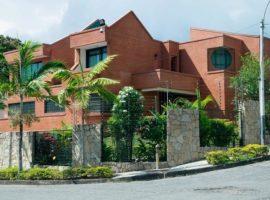 Hermosa y espectacular casa en El Castaño Maracay