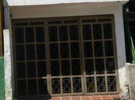 Oportunidad para comienzo de inversión 131 M2, Casa Rural en 29 de Julio Guarenas Edo. Miranda