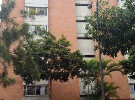 Se vende apartamento 133 m2 en La Boyera, Caracas