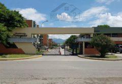 Excelente Apartamento. Urbanización Narayola Maracay 04121463609