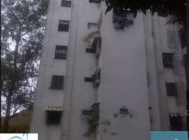 Vendo Hermoso Apartamiento en la UD5 En Caricuao CARACAS