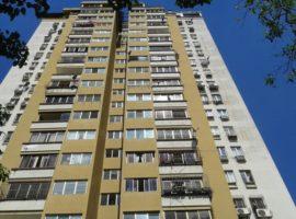 Vendo hermoso apartamento de 82 mts2 cerca de Farmatodo  Urb La Trigaleña  Valencia