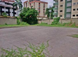 Amplio Terreno urbano, ideal para construccion Residencial o Comercial en venta La Victoria Edo. Aragua