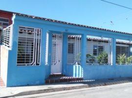 Se vende hermosa casa quinta en la Urbanización La Esmeralda de Residencias Palo Negro Estado Aragua