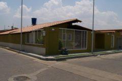 Inigualable casa totalmente amoblada Casa en venta Urbanización Don Juan Turmero