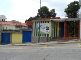 Solo a media cuadra del colegio Humbolt en la Alta Florida Negocio en venta LA Florida Caracas