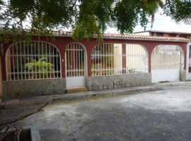 Oportunidad de adquirir casa en Urbanismo cerrado en venta Valle Lindo Turmero Aragua