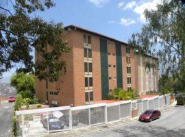 Venta apartamento en Terrazas de Santa Ines con bella vista al Avila en Caracas
