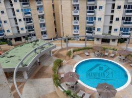Bello y Lujoso Apartamento Las Delicias Maracay  04121463609