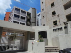 Hermoso apartamento en venta en El  Bosque Maracay