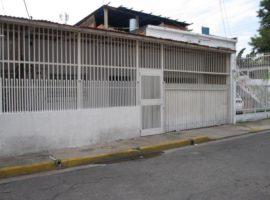 Excelente ubicación Casa en venta San José  Maracay