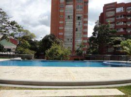 Ofrece un Apartamento en alquiler.   Atrium  En el Rosal Chacao Caracas