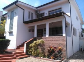 Acogedora quinta casa en venta La Tahona Caracas