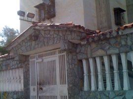 Apartamento en venta Bloque 6 Caricuao Caracas