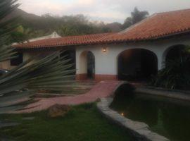 En Alquiler bella casa en Urb. Minifincas El Solar Valencia