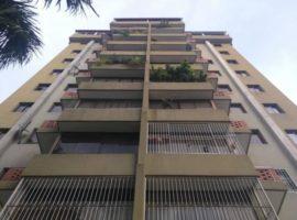 Venta de Apartamento de 75 m2 en Urb. La Soledad Maracay