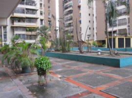 Venta Apartamento 122mts2 en Residencias Parque Aragua en Maracay