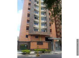 Apartamento en venta en la Urb. Las Chimeneas Valencia
