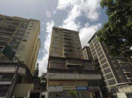 Apartamento en Venta El Marqués Caracas