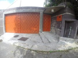 Town House en venta Loma Larga de Oripoto, Caracas